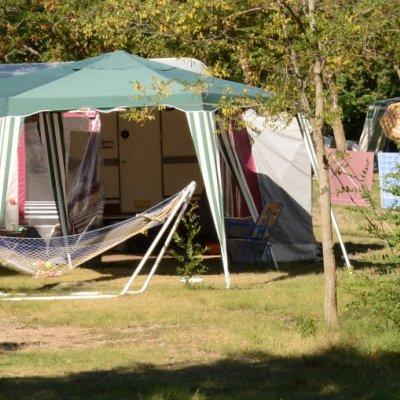 Emplacement Camping Le Petit Liou dans les Hautes Alpes à Baratier (05)